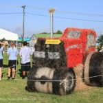 Hay, hay it's a tractor