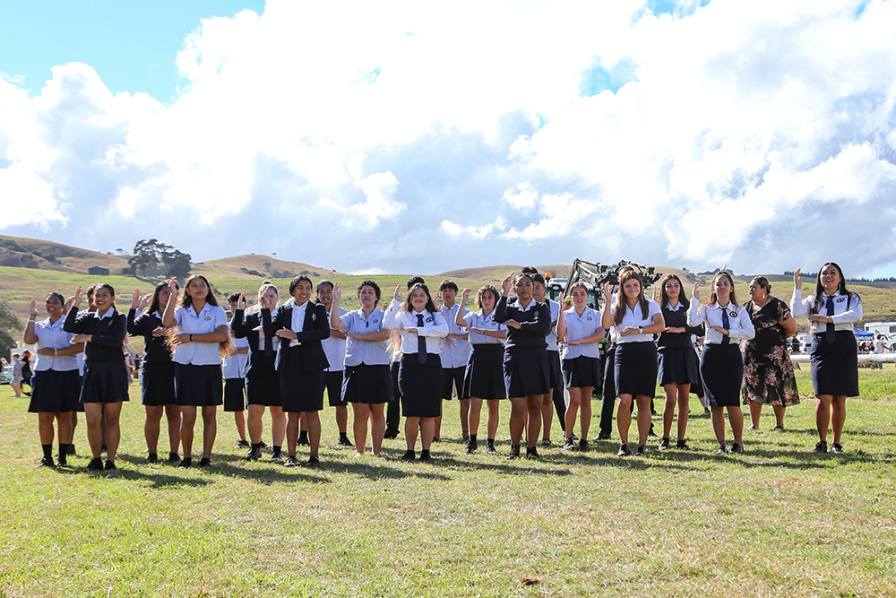 Kapa Haka at the 2021 Helensville Show official opening