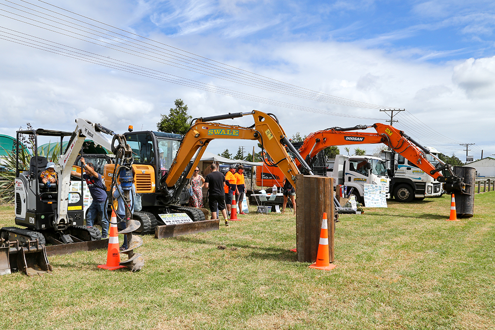 Heavy earth moving machinery at the 2021 Helensville Show